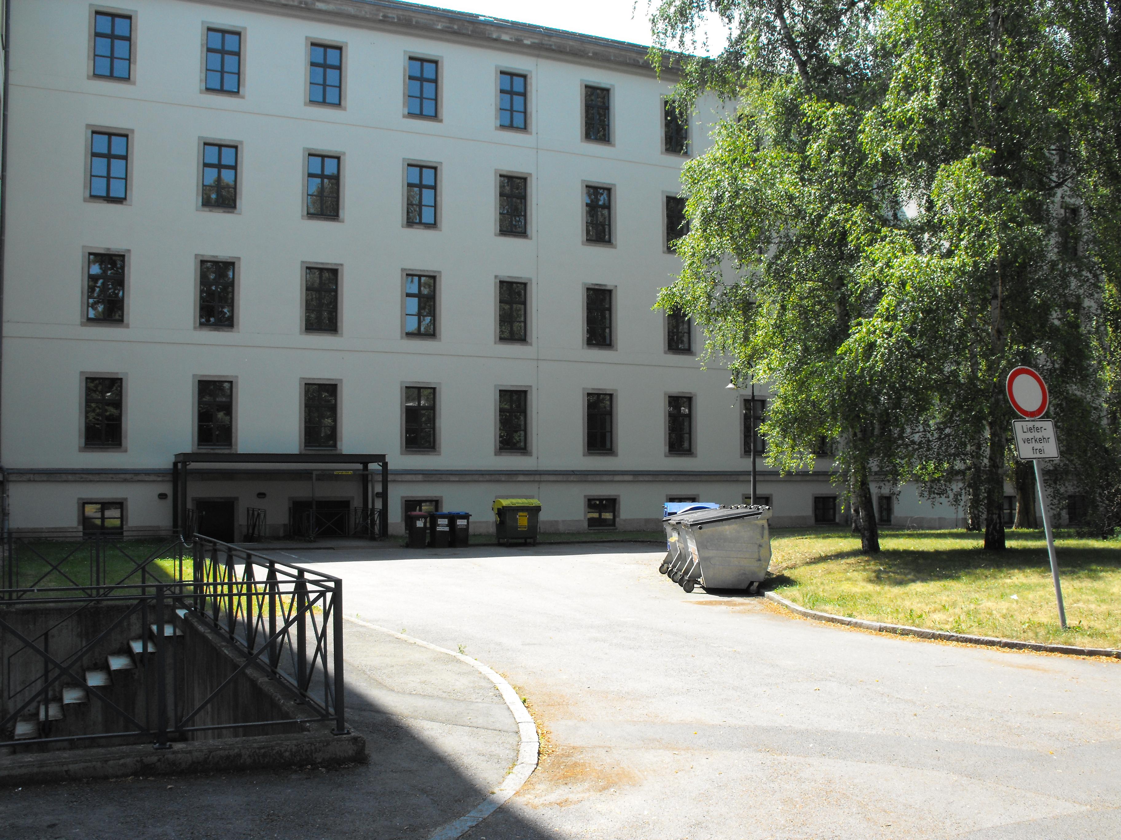 http://se.uploads.ru/AV3g8.jpg