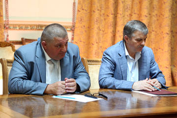 http://se.uploads.ru/t/aHUOR.jpg